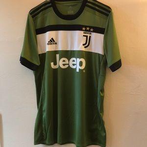 the latest 6d725 e47c7 NWOT adidas Mens Jeep Juventus Shirts